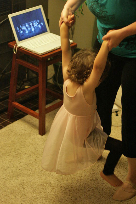 Prima Princessa ballet with toddler and mama jumping