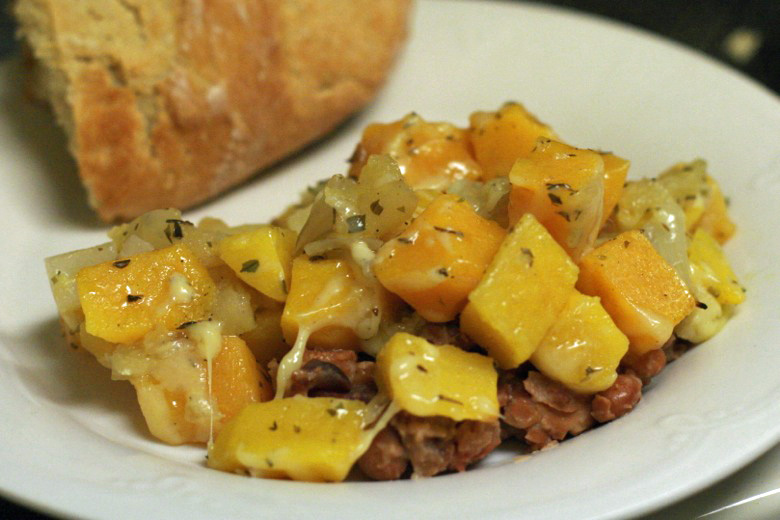 Butternut squash with pinto beans {gluten-free, grain-free} = Hobo Mama