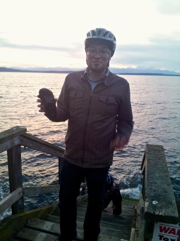 Wordless Wednesday: Biking adventure == Hobo Mama