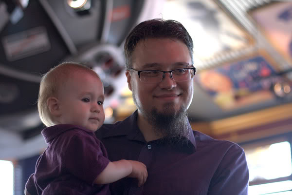 dad and baby at Red Robin in downtown Seattle — sam alrik a1yo a14mo