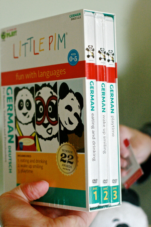 Hobo Mama Giveaway: Little Pim Language Learning Set $59.99 ARV: Second Annual NPN Holiday Gift Guide {12/6, 26 winners, US only, $2,587 ARV}