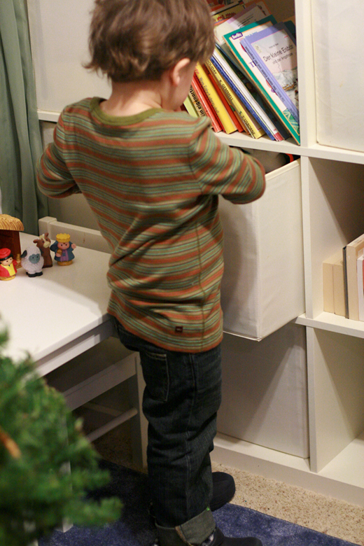 back of Diego striped shirt at bookcase — Tea Collection giveaway