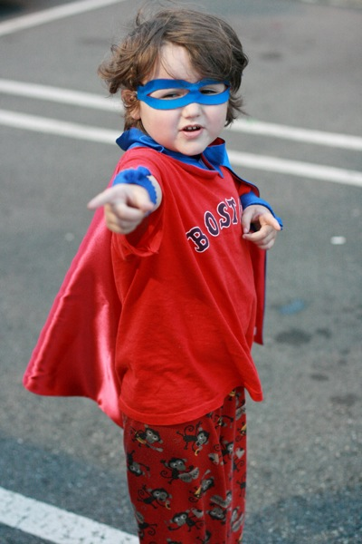 Calling for submissions for the March 2014 Carnival of Natural Parenting: Everyday Superheroes