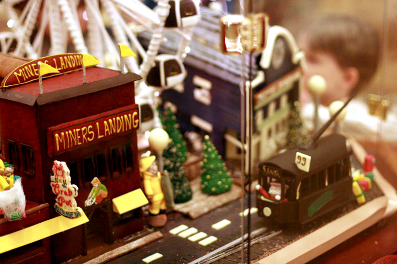 Miners Landing gingerbread house — Christmas downtown Seattle meetup holidays