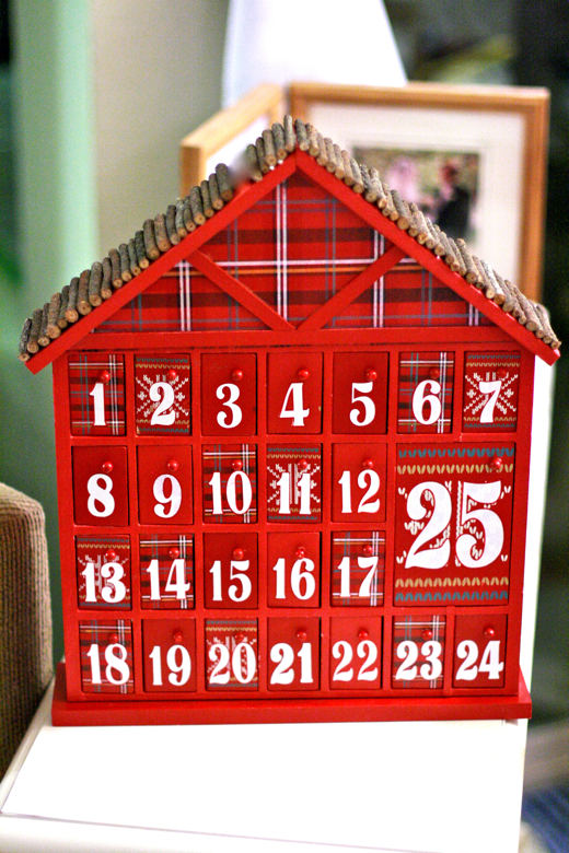 Activity-a-day Advent calendar for kids = Hobo Mama